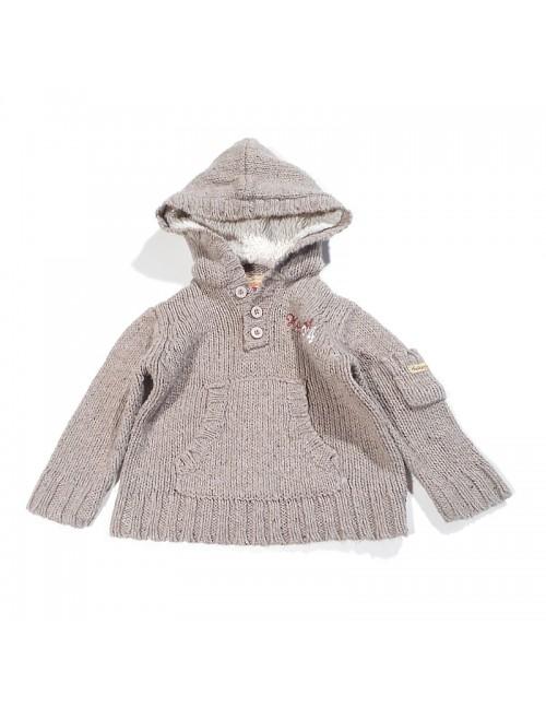 Sweterek z kapturkiem